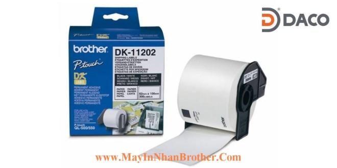DK-11202 Nhãn giấy Brother DK11202, 62x100mm, 300 miếng, Chữ Đen Nền Trắng