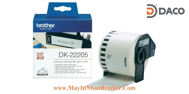 DK-22205 Nhãn giấy Brother DK22205, 62mm x 30.48m, Chữ Đen Nền Trắng